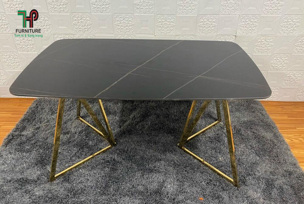 bàn ăn mặt đá đen đẹp (1)